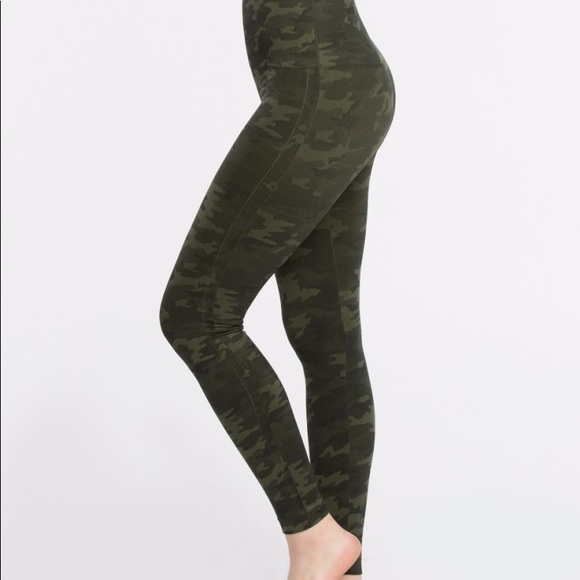 93f09eaa2fbce Spanx Look At Me Now Seamless Leggings. M_5b5a011a5098a0ff466fe754
